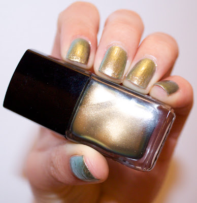 chanel nail polish peridot fall collection
