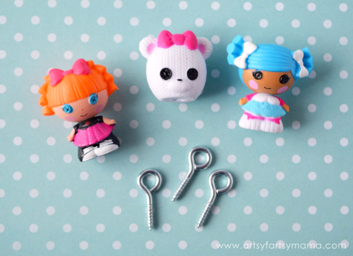 DIY Lalaloopsy Jewelry at artsyfartsymama.com
