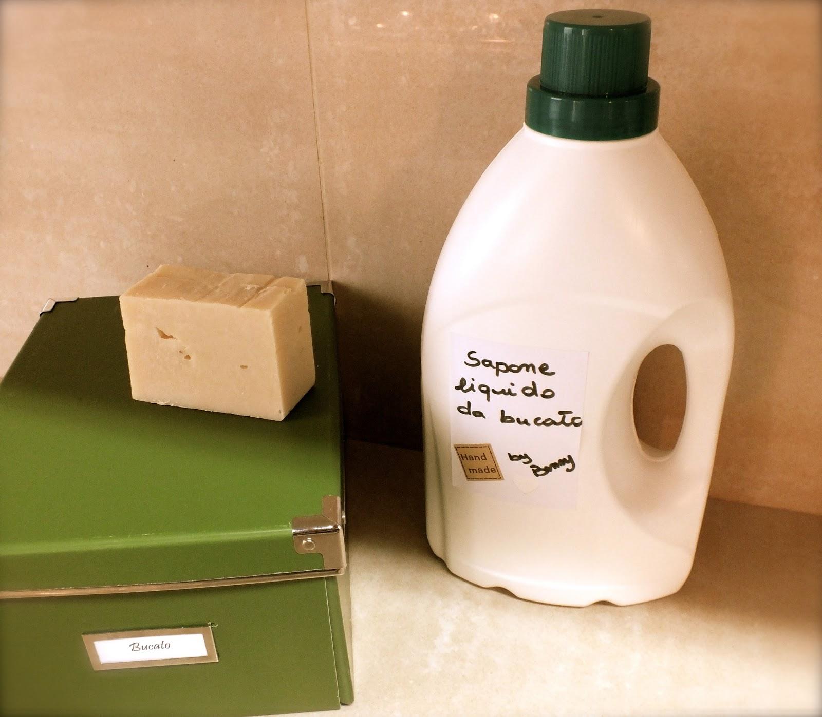 Fatto in casa da benedetta sapone liquido da bucato fai da te - Sapone liquido fatto in casa ...
