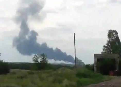Pesawat Malaysia Airlines MH17 Ditembak Jatuh di Ukraine