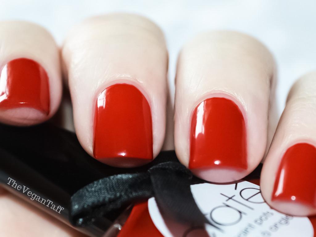 Manicure Monday | Ciaté - Boudoir | The Vegan Taff
