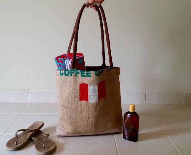 La Florida burlap bag - Lina and Vi - linaandvi.blogspot.com - back
