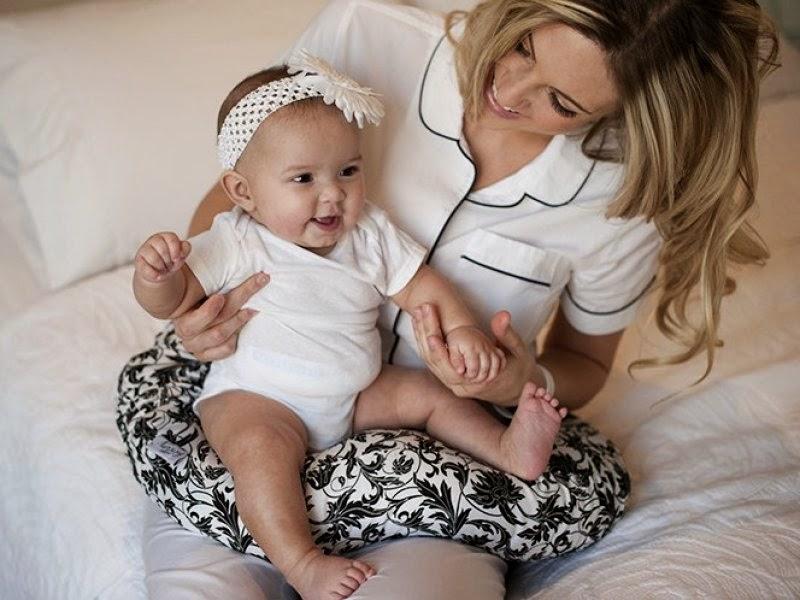 انواع مخدة الرضاعة