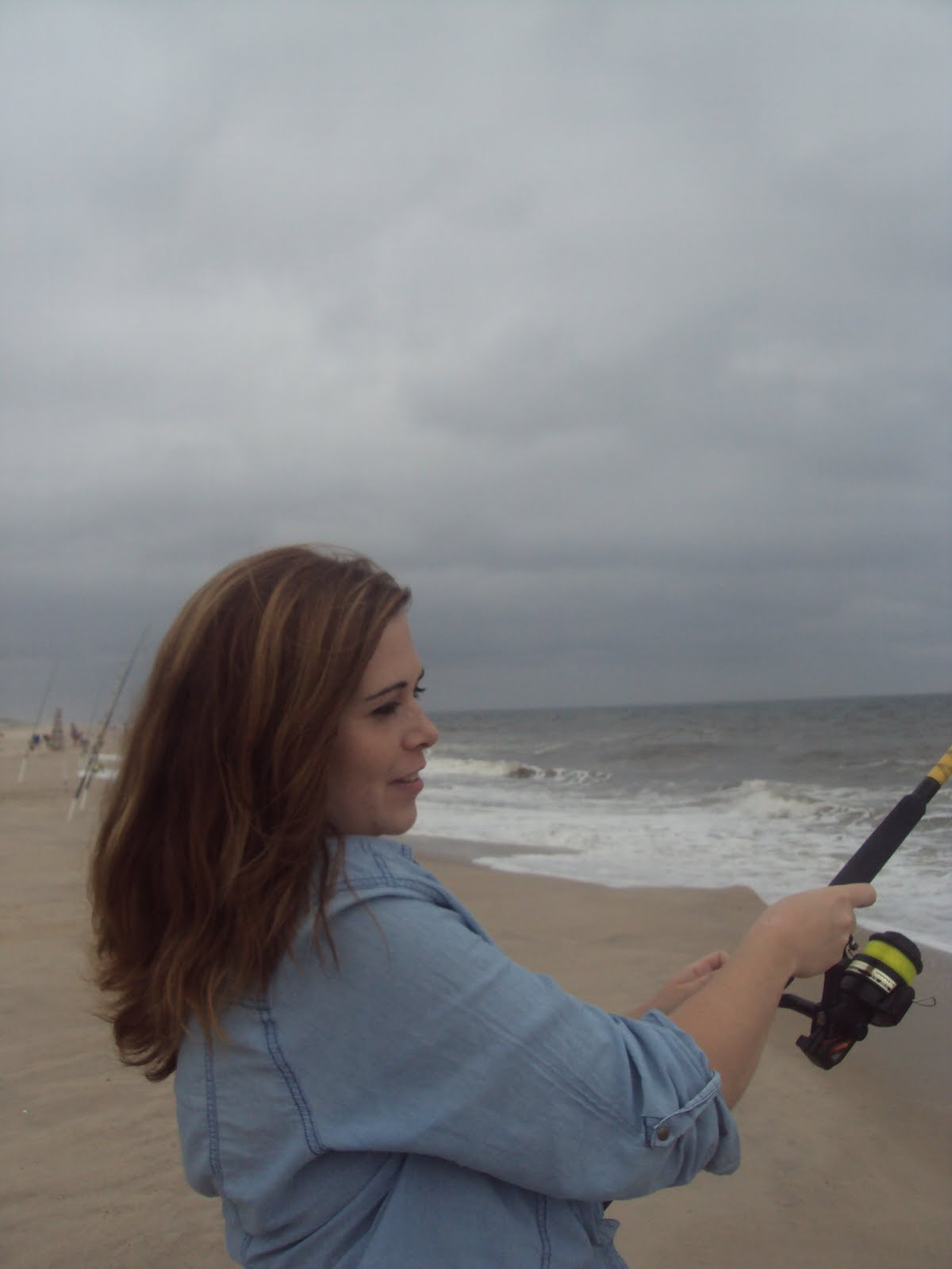 Surf fishing with old inlet bait tackle delaware four for Delaware surf fishing