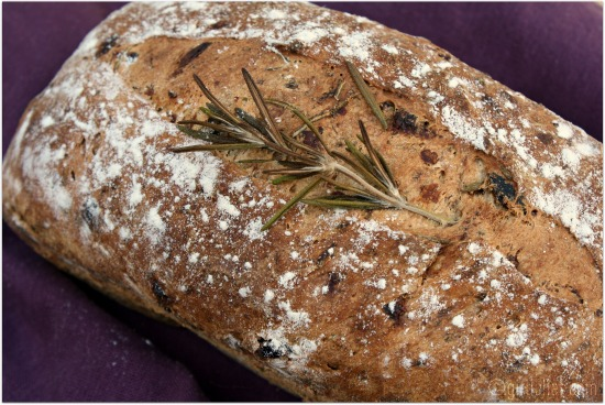 Raisin Rosemary Bread As I Ve Been Doing A Lot Lately I Turned This Recipe Around A Bit So That I Could Let My Bread Machine Do All Of The Heavy Work In