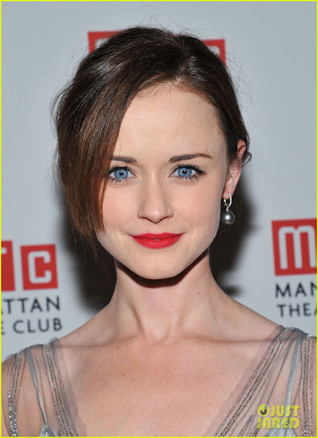 Alexis Bledel Bra Size, Height, Weight And Body Measurements