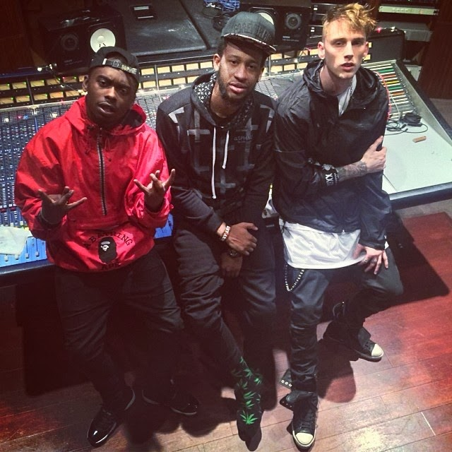 Machine Gun Kelly Ft. Tezo - Black Magic