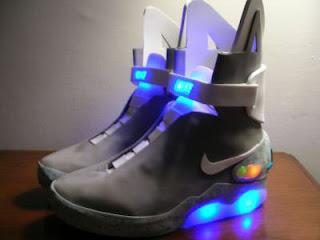 Sepatu Masa Depan Ala Nike - [www.zootodays.blogspot.com]