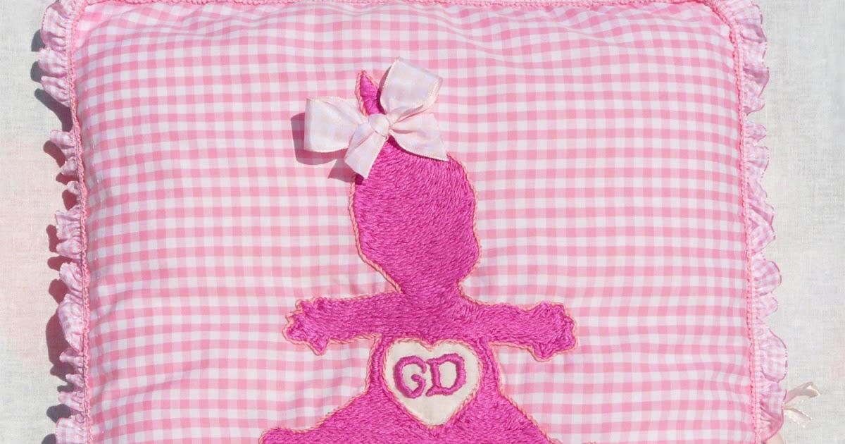 the babypass das besondere geschenk namenskissen zur geburt von baby in rosa. Black Bedroom Furniture Sets. Home Design Ideas