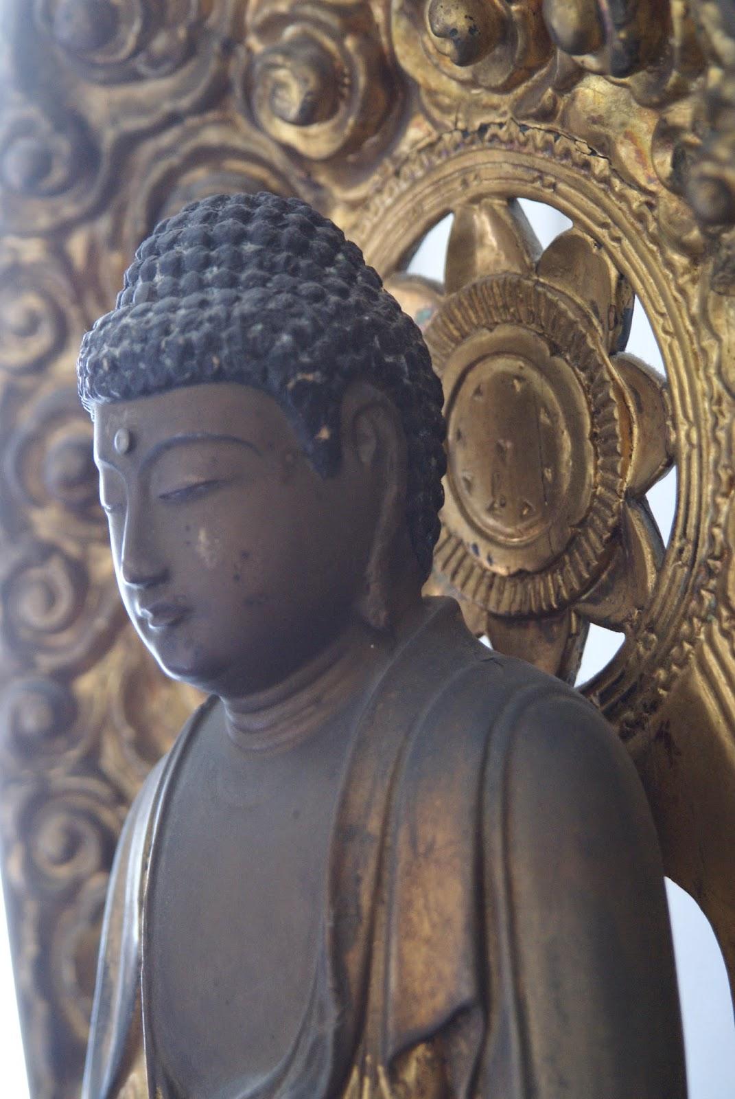 sculpture japonaise sur bois
