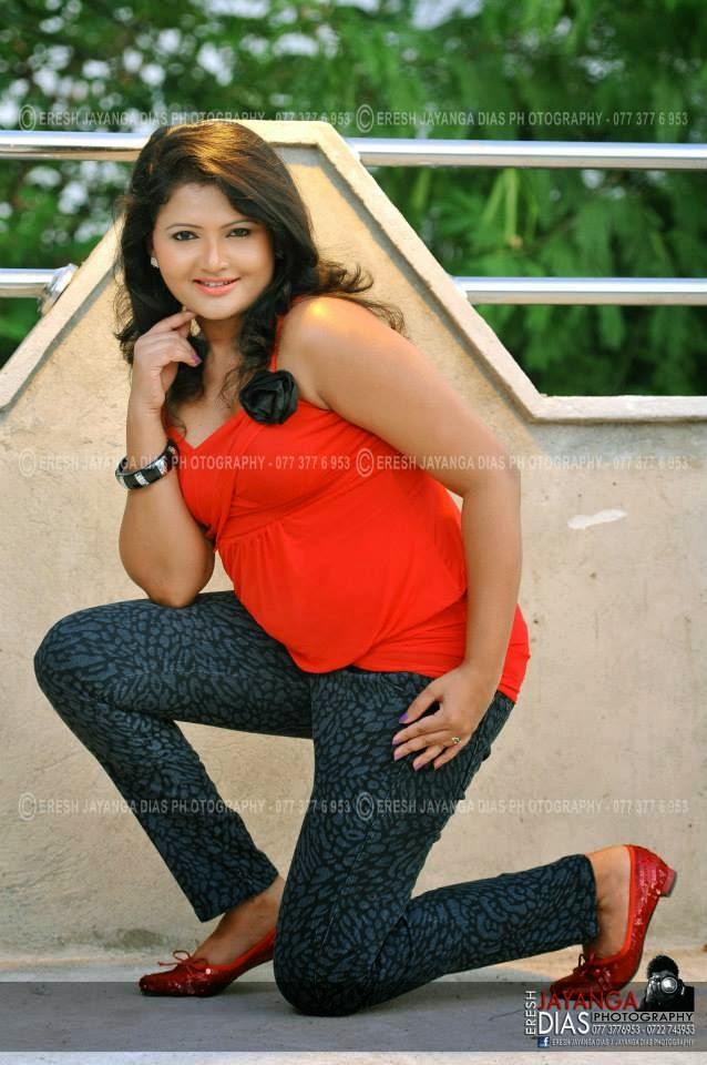 Ameesha Kavindi bend