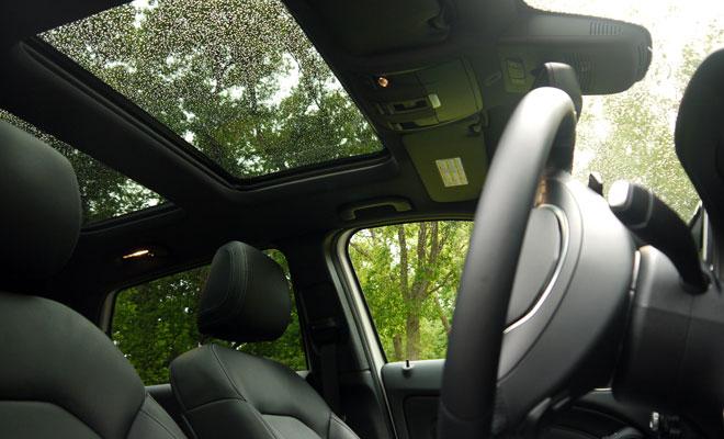 Mercedes-Benz B-Class sunroof