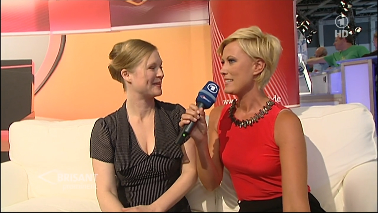 TVDeSab: Kamilla Senjo...