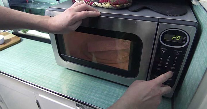 Life Hacker Shows Some Lesser Known Uses For The Microwave