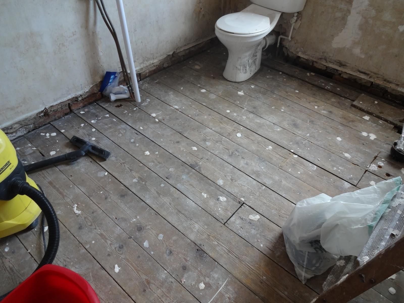 Bathroom floor boards - Dirty Floorboards