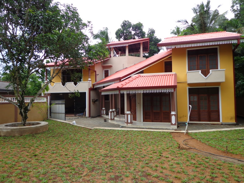 1003) Brand New 05 Bed rooms Modern House - Piliyandala title=