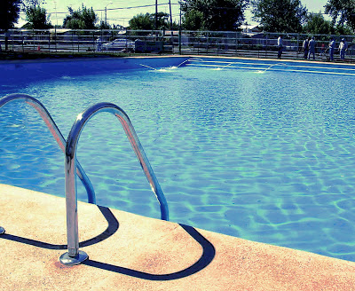 piscina, misterio