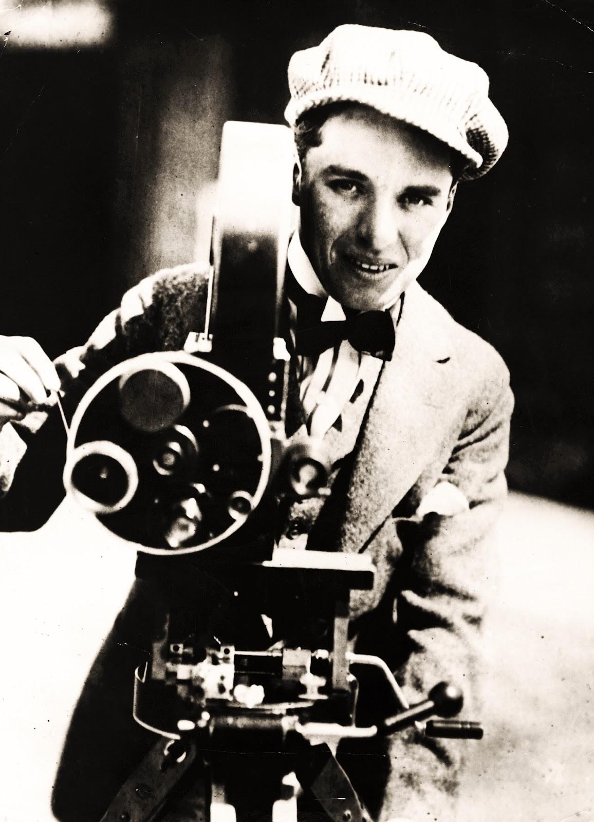Charlie Chaplin : A Cr...
