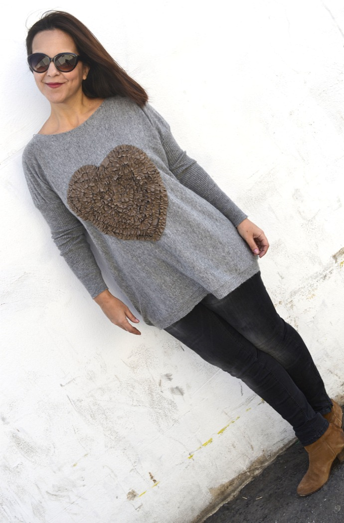 Heart_Jumper_SammyDress_04
