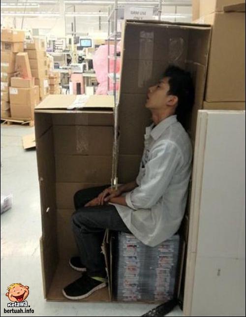 Cara Terbaik Untuk Tidur Di Tempat Kerja