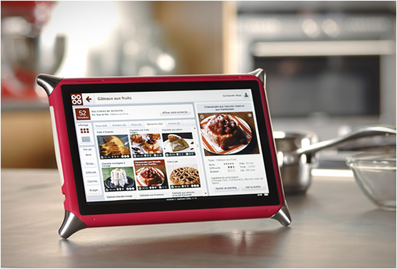 Do you want a special tutor for cooking? The new tablet device for kitchens