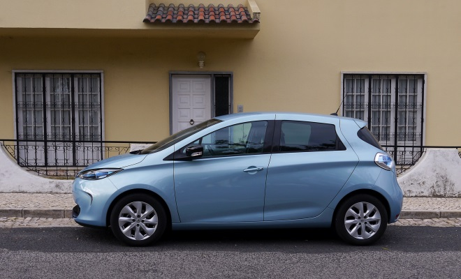 Renault Zoe EV side view