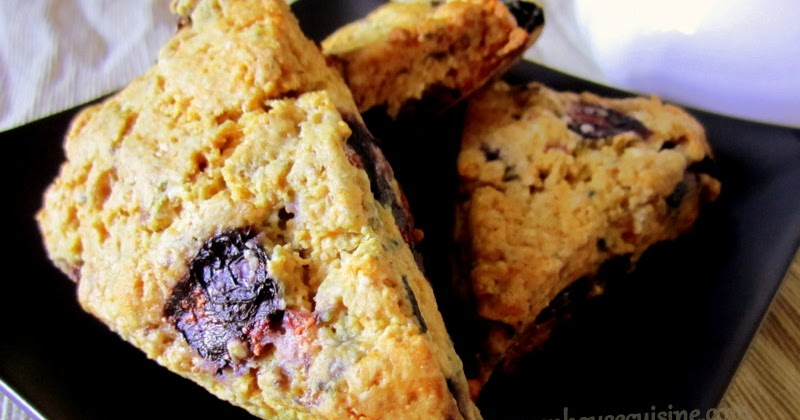 Cook with Esh: Low fat blueberry scones-eggless recipe