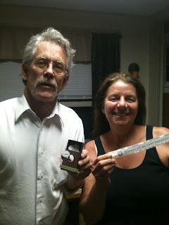 Grandparents holding pregnancy announcement