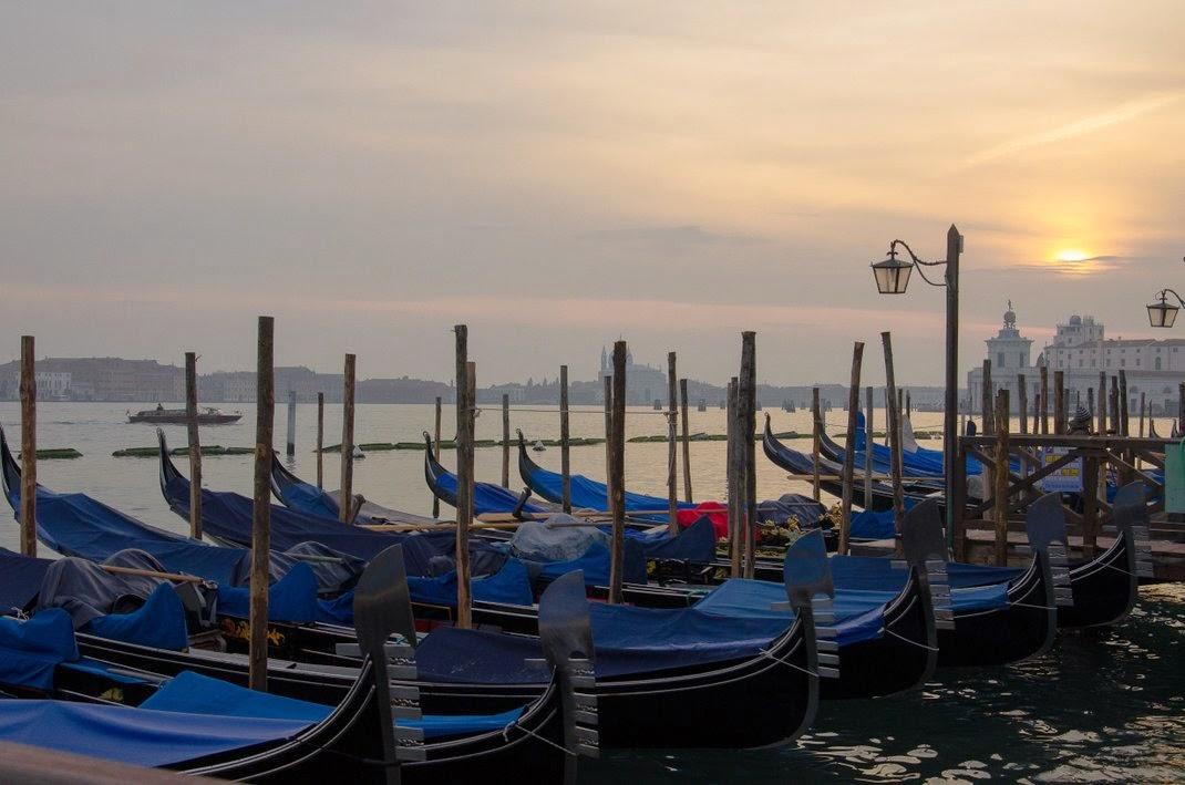 Venise - hiver - gondoles