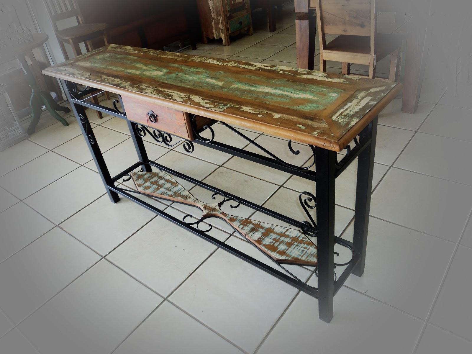 de Demolição : Aparador de madeira com pé e detalhes em ferro #62492C 1600x1200