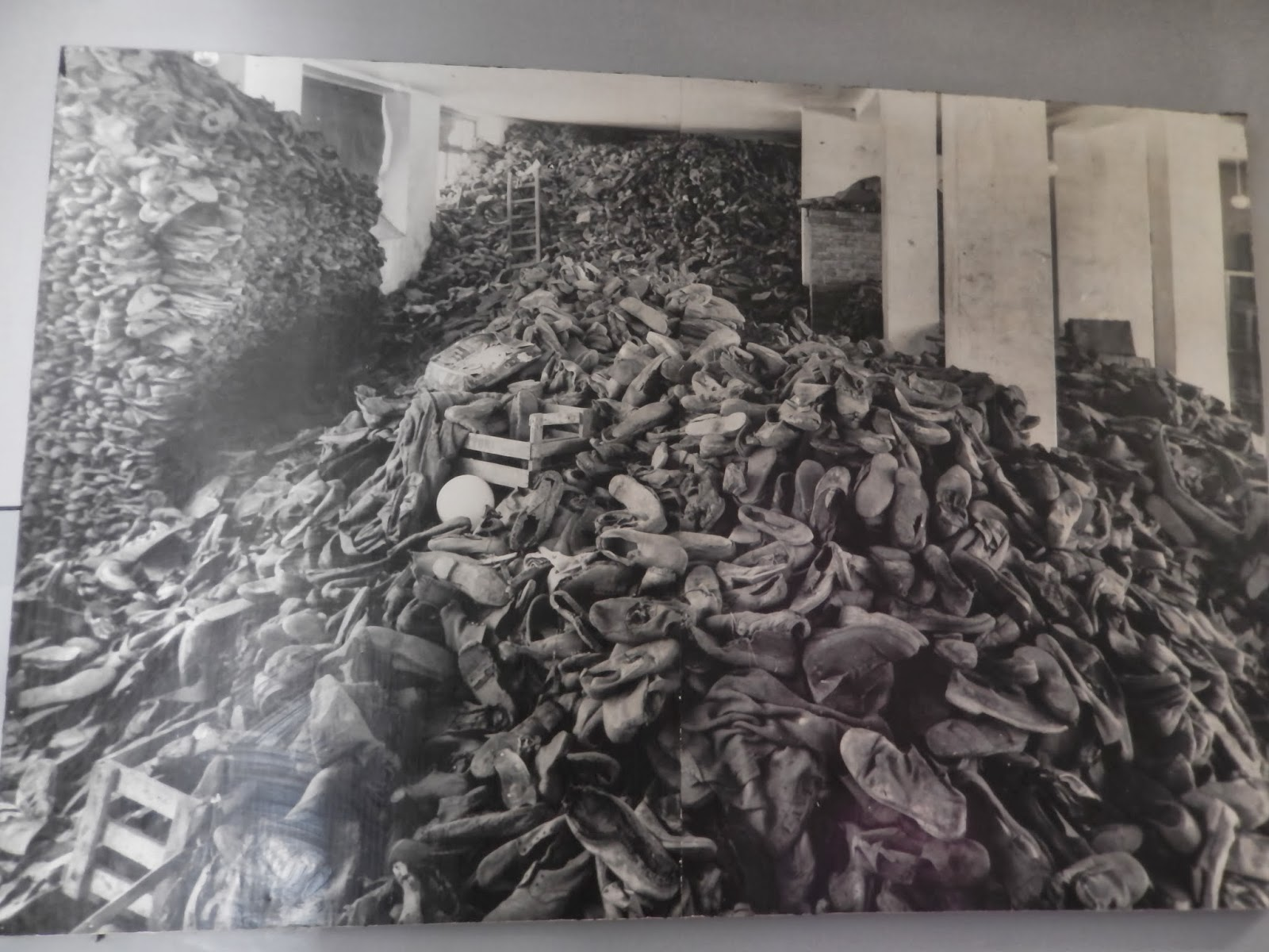 Buchenwald: Photos From the Liberation of the Camp, April 1945 m Life magazine holocaust pictures
