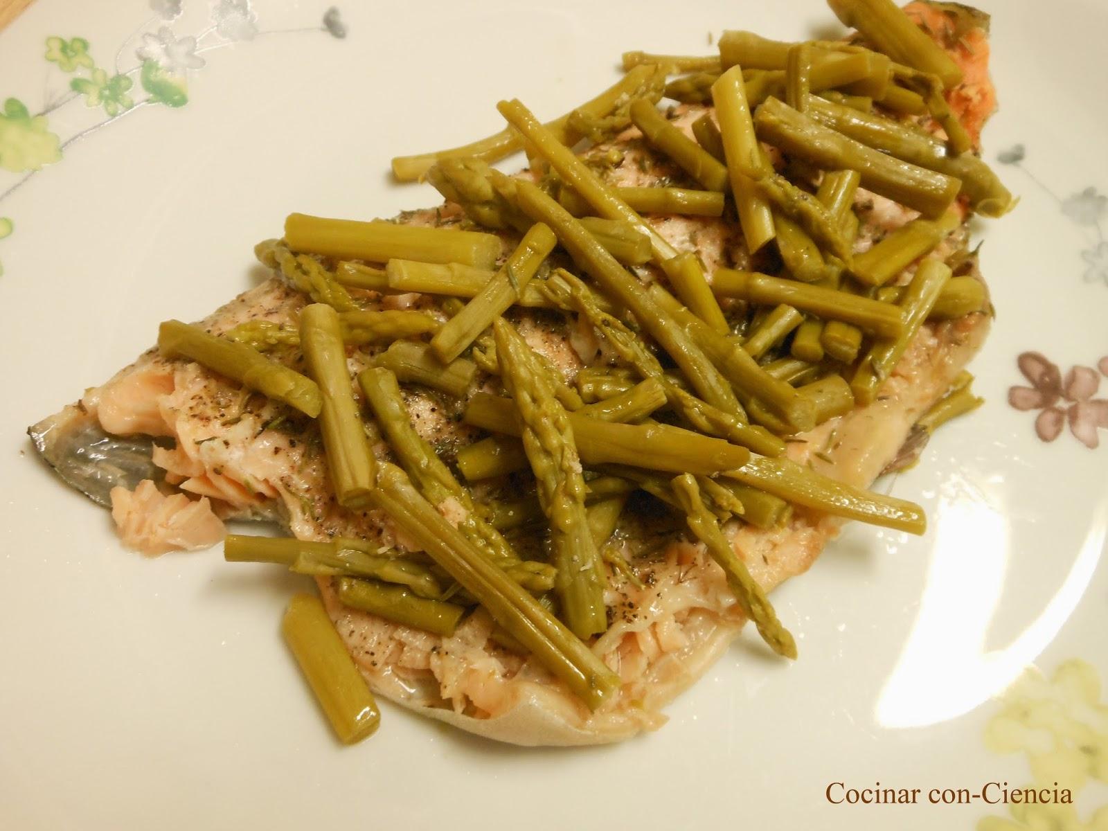 Cocinar Esparragos | Cenas Fulleras 12 Papillote Fullero De Trucha Y Esparragos