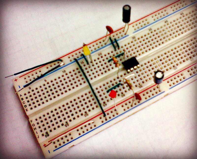 Circuito Operacional : Grupo de laboratorio ii actividad amplificadores