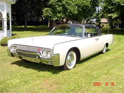 my driving passion 1961 lincoln continental convertible. Black Bedroom Furniture Sets. Home Design Ideas