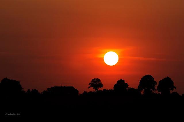 panowiezarlejesieznieba, hydrozagadka, zachód słońca, sunset, wieś, countryside, lato, summer,