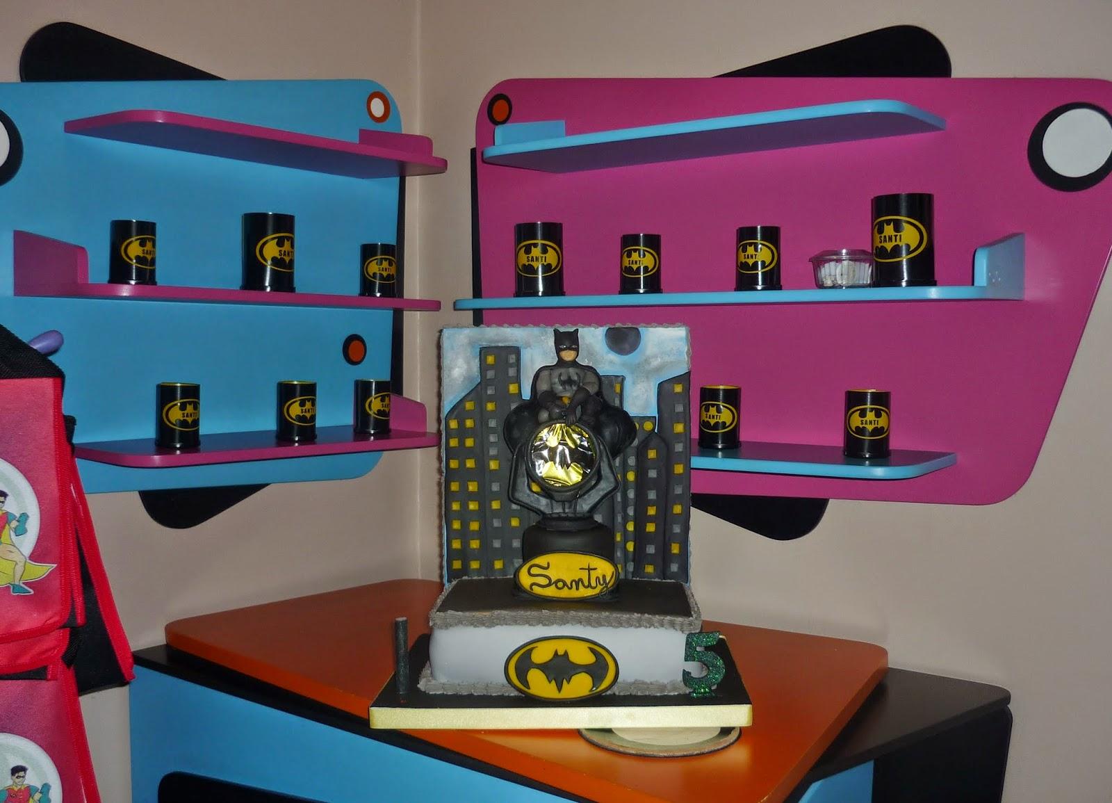 Minimandy. Batman. Batiseñal. Fanal. Pantalla. Velas. Souvenir. Centro de Mesa. Candy Bar.