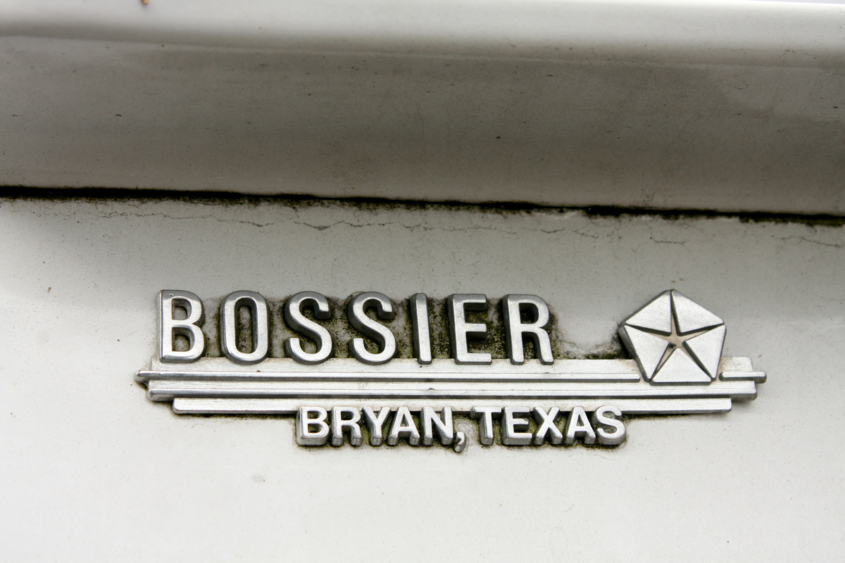 Bossier Chrysler Bryan Texas badge