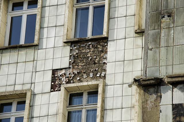 Baustelle Frankfurter Allee, Bauschäden, Fassadenrestaurierung, 10243 Berlin, 19.06.2013