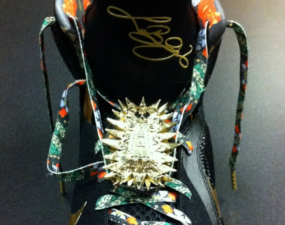 Corner  Nike LeBron 9  quot Watch the Throne quot  Designer GivenchyWatch The Throne Lebron 9