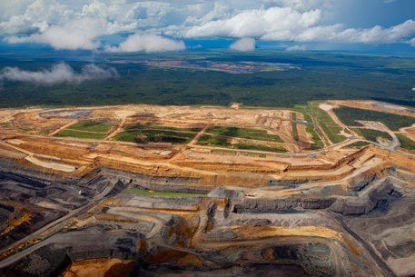 Adani coal mine mining