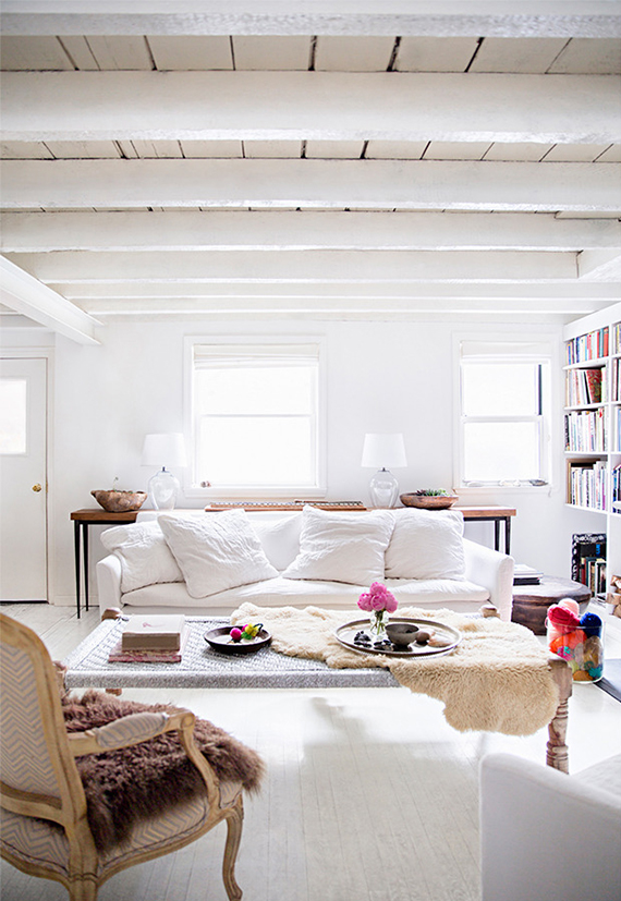 Living room | Photo by Brittany Ambridge via Domino