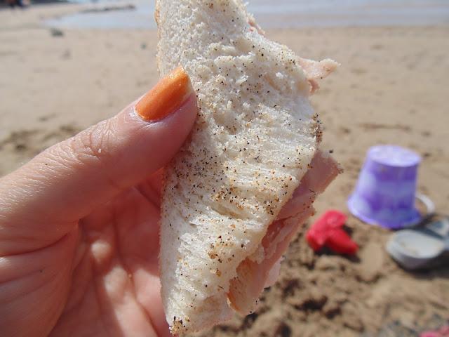 Sandy sandwiches