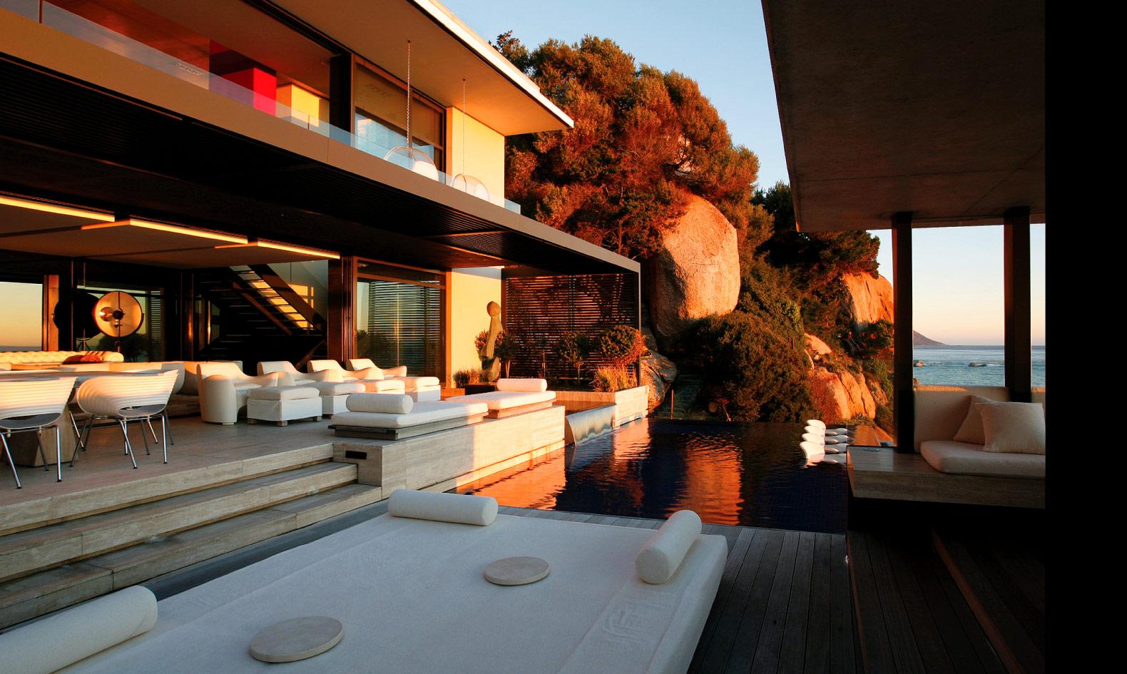 Architecture corner victoria 73 by saota for Case moderne