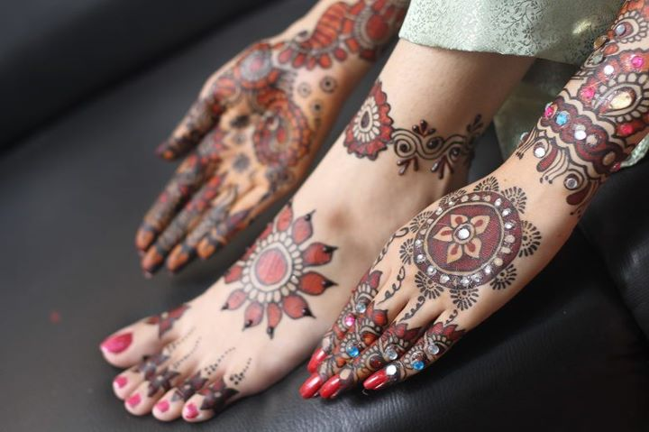 BridalmehndiwwwShe9blogspotcom2528302529 - Embroidered Mehndi