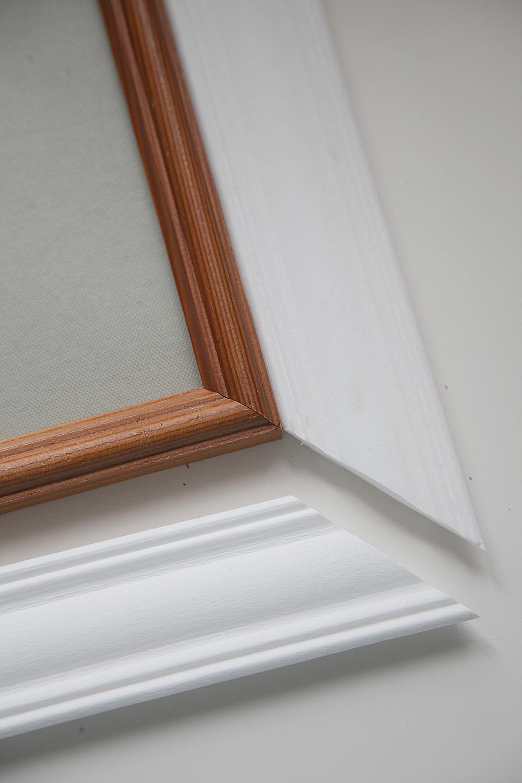 Рамка для зеркала своими руками из деревянного плинтуса фото