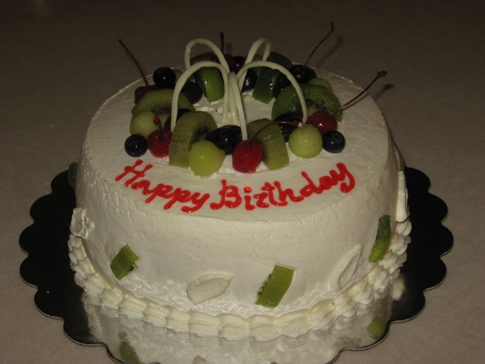 yummy cake Yummy-cakes-by-mia.
