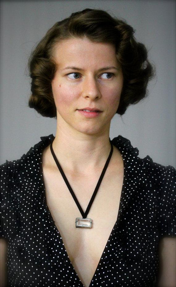 Sultry 1930s Black Velvet Ribbon Necklace #chatterblossom #velvet #1930s #jeanharlow