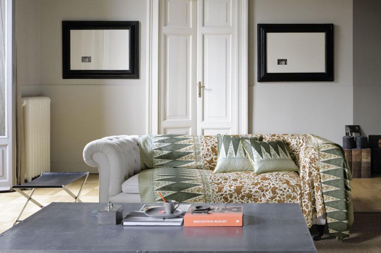 Siette interiores el verano en tu casa ii for Foulard para sofa
