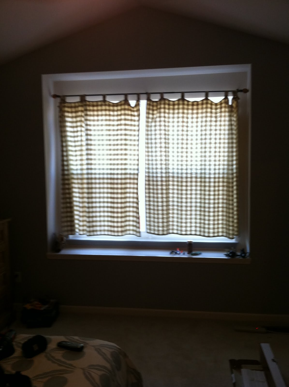Blinds for bedroom windows 28 images roman shades 3 for Blinds for bedroom windows