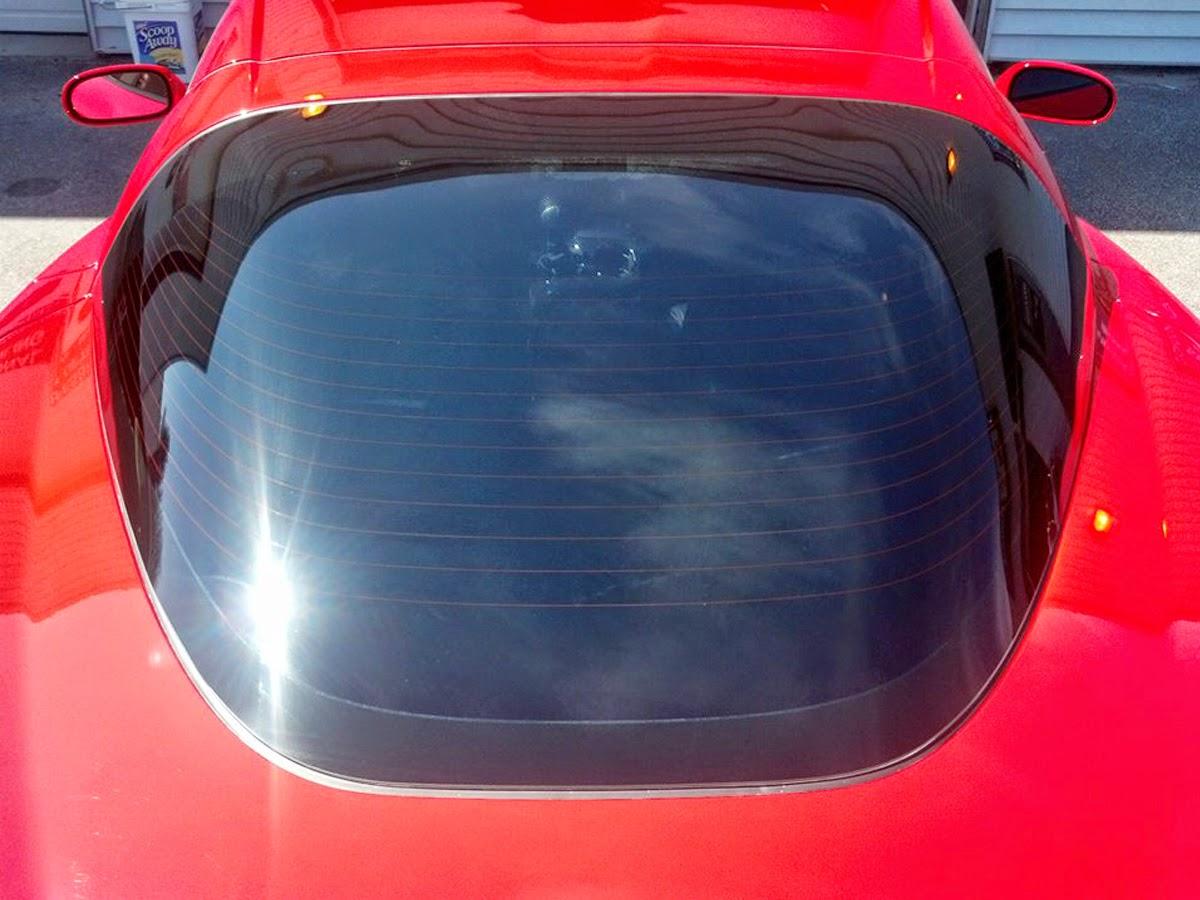 Solar Gard merupakan salah satu merek kaca film mobil terbaik yang meningkatkan pengalaman dan kenyamanan mengemudi Anda lebih berharga.